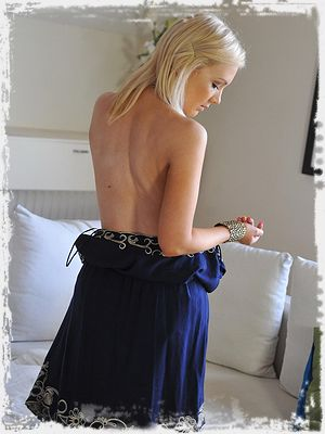 Faye Taylor from Girlfolio