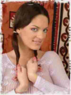 Olivia York from Honey School