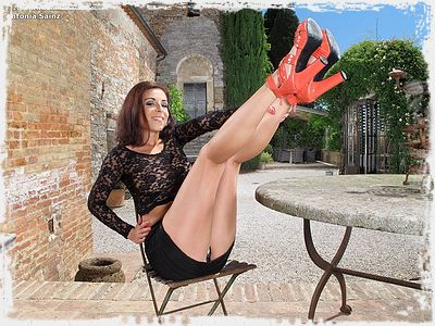Antonia Sainz Image