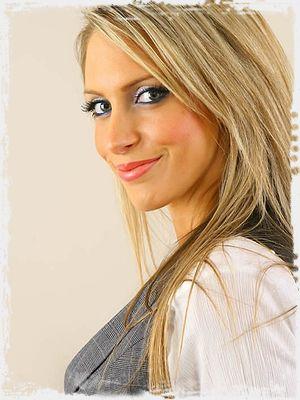 Ellie XXX Photo
