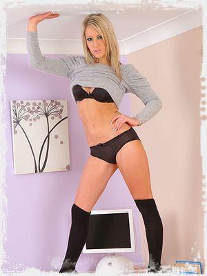 Candice Erotic Pic