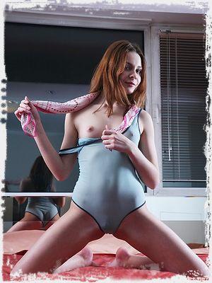 Guerlain Erotic Pic