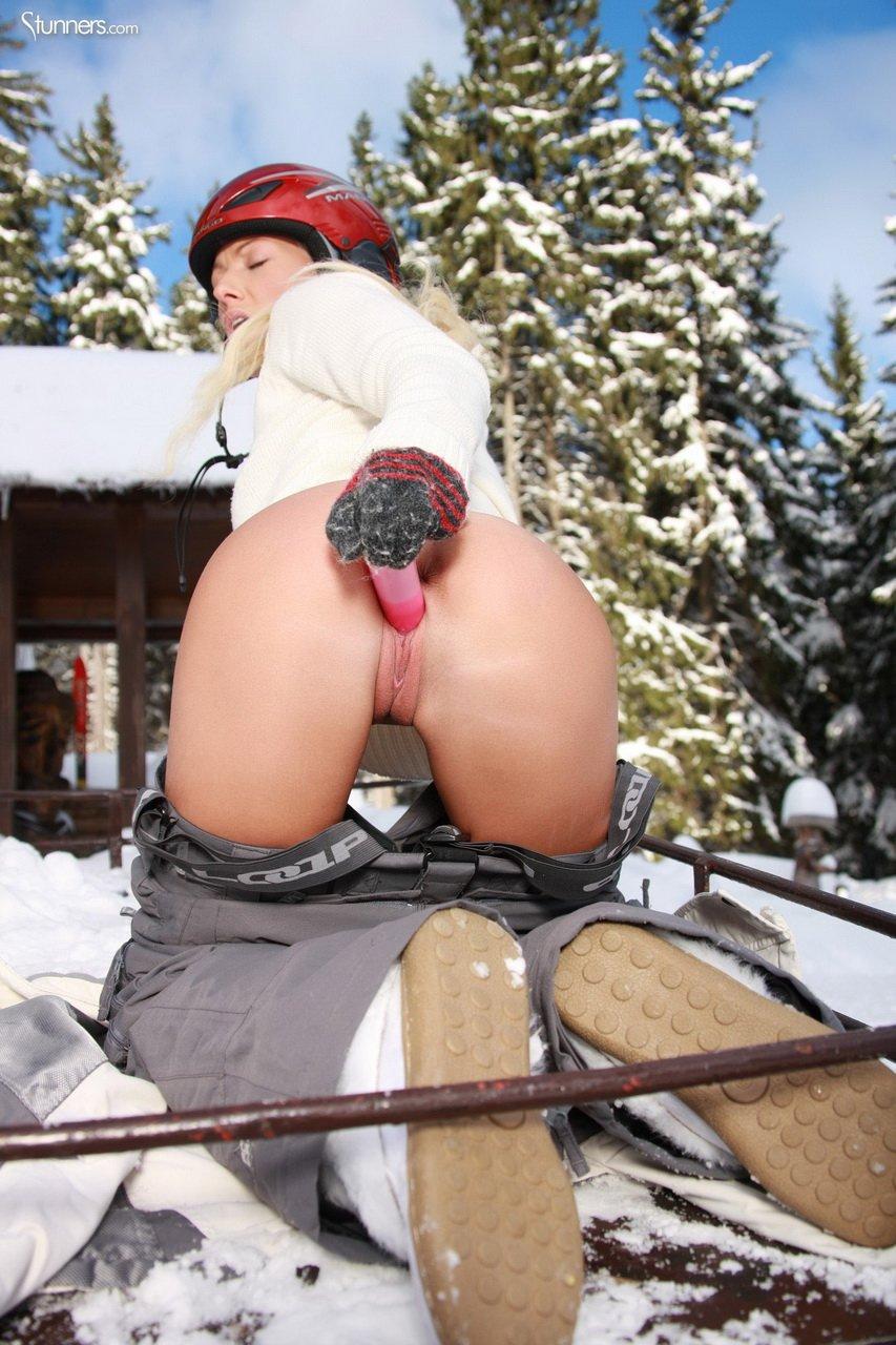 seks-v-zimnem-lesu