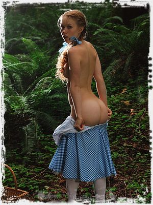 Dolly Little Erotic Pic