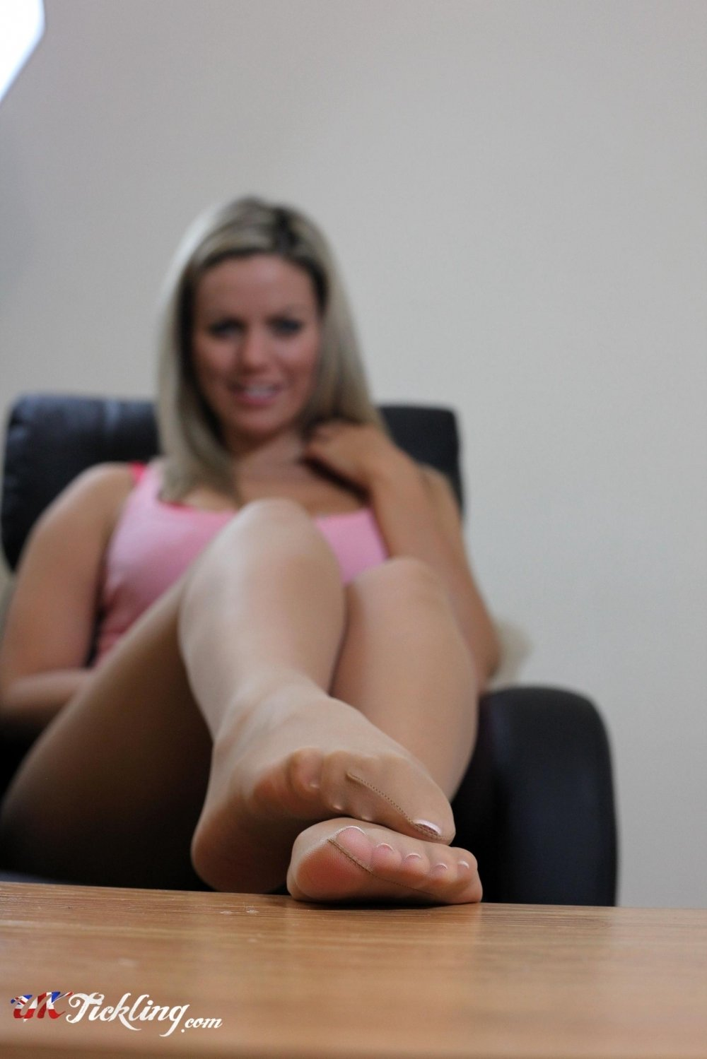 Izzy Uk Tickling Classy free izzy pictures, free sex gallery @ sexybabegirls