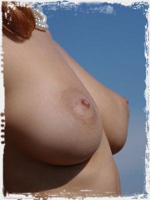 Ella Erotic Pic